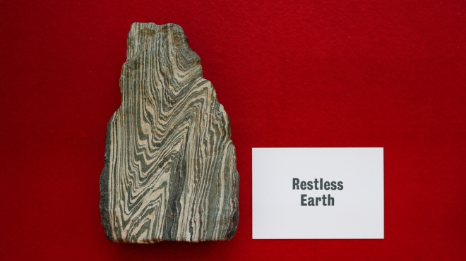 A RESTLESS EARTH (2019)